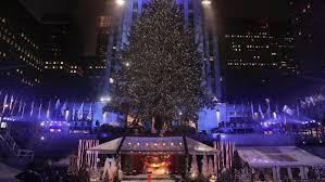 Rockefeller Christmas Tree Lighting 2017 by Rockefeller Christmas Tree Lights Up Cnn Travel