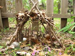 10 Easy Nature Activities You Only Need A Few Sticks Natural PlayCool ThingsKid