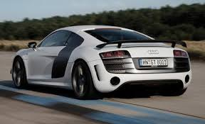 Audi R8 Reviews Audi R8 Price s and Specs Car and Driver