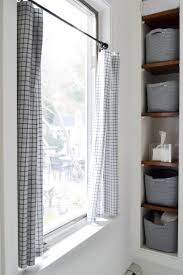 Graber Tension Curtain Rods by Best 25 Cafe Curtain Rods Ideas On Pinterest Window Cleaning