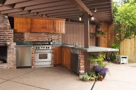outdoor küche kochen unter freiem himmel zuhause bei sam