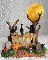 Lemax Halloween Village Displays by 34 Best Spooky Town 2017 Village Collection Images On Pinterest