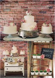 Beautiful way to display your wedding cake and favors Love the