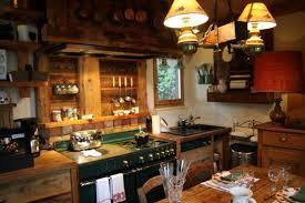 dekorative fotos ideen für rustikale küchendekorationen