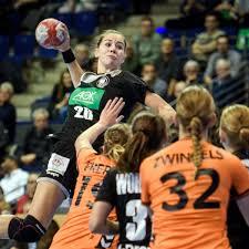 Emily Bölk Bei Der HandballEM 2018 Im Schaufenster SPIEGEL ONLINE