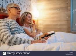 fernseher im schlafzimmer beziehung caseconrad