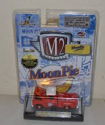 100 64 Gmc Truck Amazoncom M2 Machines 1958 GMC Fleet Option Moon Pie MNO1 13