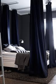 schlafzimmer für schichtarbeiter vorhänge ums bett dunkle