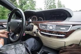 à l intérieur d une voiture images libres de droits image 32738569