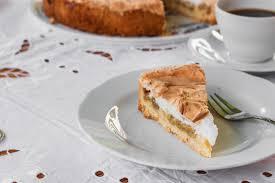 stachelbeer baiser torte nach einem alten familienrezept