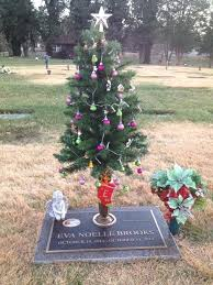 Modest Decoration Solar Christmas Tree For Grave Cemetery Lights Saddle Flowers Made