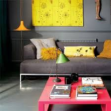 Neon Trend Home Decor Ideas Modern Edgy Yellow Coral Gray Cheerful Color Scheme Spring Summer Kitschy Gorgeous Livingroom