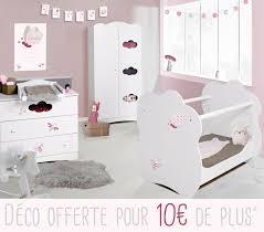 chambre bébé compléte un chambre complète aérienne avec mobilier nuage et sa déco