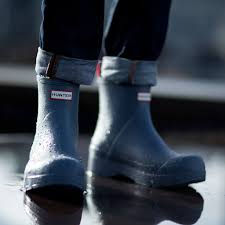Hunter Boots Canada Sale: Save Up To 50% Off + FREE Shipping ... Up To 40 Off Kids And Womens Hunter Boots Extra 15 Over 30 Free Shipping The Krazy Summer Sale To 50 Additional 20 Barstool Sports Promo Code Seatgeek Wendys Canada Food Coupons Boot Coupon Coupons For Sport Chalet Online Boot Sock Moosejaw Buy Online At Overstock Our Best Original Tall Socks Australian Company Hdfc Credit Card Offer On Playpennies Last Chance Discount Codes Thoughts Some Of Jack Puller