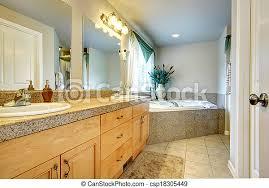 schönes badezimmer mit whirlpool helles schönes badezimmer