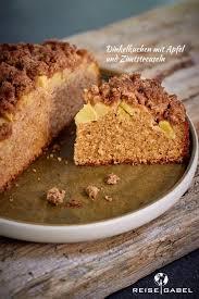 dinkelkuchen mit apfel und zimtstreuseln