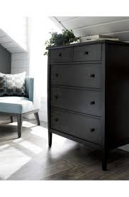 Vaughan Bassett Dresser Drawer Removal by Best 25 Grey Chests Ideas On Pinterest Grey Chest Of Drawers