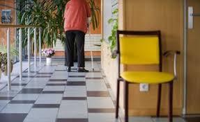 maison de retraite montauban montauban en visite à la maison de retraite frappe sa mère