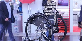 Leveraged Freedom Chair Mit by τα στηρίγματα πλάτης αναπηρικου αμαξιδίου της Tarta προσαρμόζονται