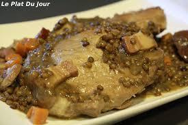 cuisiner rouelle de porc en cocotte minute rouelle de porc aux lentilles et au lard le plat du jour