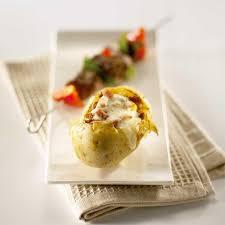 cuisiner la pomme de terre recette pomme de terre au reblochon cuisine madame figaro