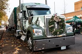 Kenworth W990 Hauling U.S. Capitol Christmas Tree From Oregon To D.C. Central Oregon Peterbilt Dcp Flatbed Truck 1833354903 Company Youtube Gaming Road Signs And Park Federal Compliant Dana Stuck In Live 955 Missing Driver Found Boondocking In Gorving White House Christmas Tree Dat Trucking Co 379 Parked Tangent Flickr Diecast Replica Of Companycotc Pete