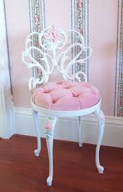 Nice Inspiration Ideas White Vanity Chair 1000 About Chairs On Pinterest
