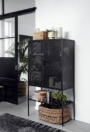 23 schwarze vitrine mit deko ideen vitrine deko