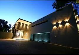 outdoor lighting for garage 盪 the best option chandelier outside