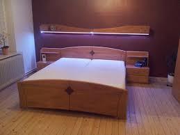 schlafzimmer bett doppelbett ehebett schrank