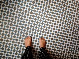22 beautiful funky bathroom floor tiles eyagci