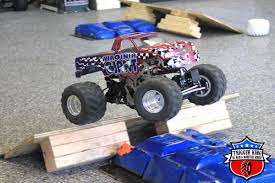 Virginia Giant – Pro Modified « Trigger King R/C – Radio ... 2013 Monster Truck Photos Allmonstercom Performance Motsports Inc Truck Photo Album 100 Trucks Jam Chiil Mama U0027s The Virginia Giant Virgingiantmt Twitter Resurrection Of Beach Beast Track Photo Album Wheels Metal Base Va Freestyle Youtube Stock Images Alamy Pro Modified Trigger King Rc Radio Nr10jan