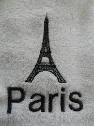 Paris Eiffel Tower Bathroom Decor by Eiffel Tower Paris 2 Piece Embroidered Bath Towel Set