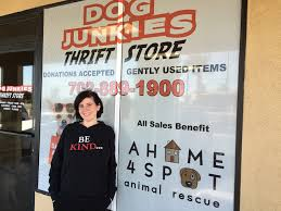 Thrift shop helps fund nonprofit A Home 4 Spot s dog rescue – Las