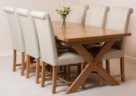 Vermont Extending Oak Dining Table With 6 Black Lola Dining Chairs
