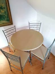 sitzgruppe runder tisch und stühle küchengarnitur