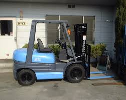Forklift Trucks And Forklift Rentals Electric Sit Down Forklifts From Wisconsin Lift Truck Trucks Yale Sales Rent Material Forkliftbay 55000 Lb Taylor Tx550rc Forklift 2007 Skyjack Sj4832 Slab About Us Youtube Vetm 4216 Jungheinrich Forklift Repair Railcar Mover Material Handling In Wi Forklift Batteries Battery Chargers 2011 Hyundai 18brp7 Narrow Aisle Single Reach
