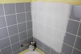diy badezimmer streichen und renovieren mit fliesenfarbe