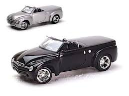 100 Convertible Chevy Truck Chevrolet SSR Price Modifications Pictures MoiBibiki