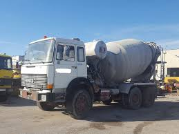 FIAT 330.35 Concrete Mixer Trucks For Sale, Mixer Truck, Cement ... 2018 Peterbilt 567 Concrete Mixer Truck Youtube China 9 Cbm Shacman F3000 6x4 For Sale Photos Bruder Man Tgs Cement Educational Toys Planet 2000 Mack Dm690s Pump For Auction Or Build Your Own Com Trucks The Mixer Truck During Loading Stock Video Footage Videoblocks Inc Used Sale 1991 Ford Lt8000 Sold At Auction April 30 Tgm 26280 6x4 Liebherr Mixing_concrete Trucks New Volumetric Mixers Dan Paige Sales Mercedesbenz 3229 Concrete