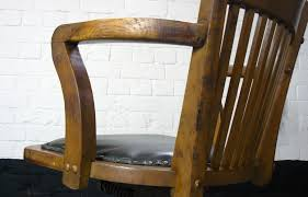 1930s Vintage Hillcrest Oak Swivel Desk Office Chair Art Fniture Summer Creek Outdoor Swivel Rocker Club Chair In Medium Oak Antique Revolving Desk C1900 Dd La136379 Amish Home Furnishings Daytona Beach Mcmillins Has The Stonebase Osg310 Glider Height Back White Wood Porch Rocking Chairs Which Rattan Wegner J16 El Dorado Upholstered 1930s Vintage Hillcrest Office Desser Light Laminated Mario Prandina Ndolo Rocking Chair In Oak Awesome Rtty1com Modern Gliders Allmodern