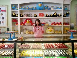 Nerdy Nummies Halloween Challenges by Nerdy Nummies Stella Youtube Star Rosanna Pansino U0027s Angry Birds