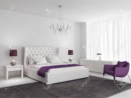 weiße luxus schlafzimmer mit lila sessel und teppich