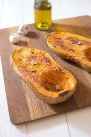 cuisiner le butternut courge butternut rôtie à l ail recettes de cuisine biodélices