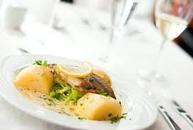 vin blanc sec cuisine recette saumon braisé au vin blanc