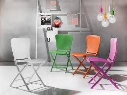 100 Folding Chair Art Chair In Coloured Polypropylene Also For Outdoors IDFdesign