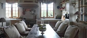 table de cuisine ancienne en bois table de cuisine ancienne en bois table ancienne et chaises