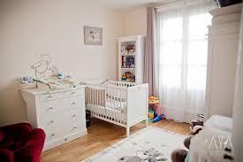 fauteuil maman pour chambre bébé thème chambre bébé de décoration pour maman et enfant
