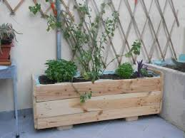 DIY Wooden Pallet Planter Box Ideas