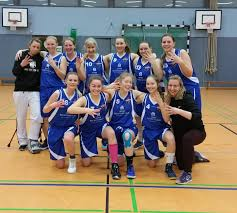 2 Damen Basketball Im Norden Hamburgs
